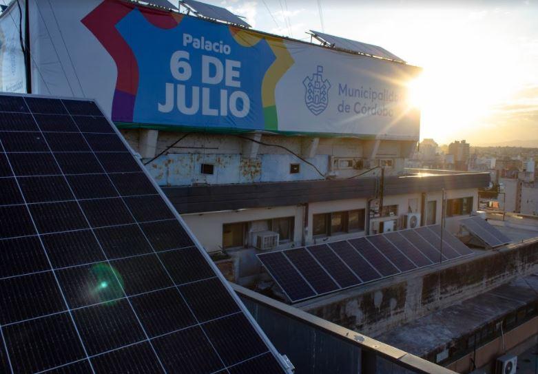 CORDOBA : Instalamos una planta fotovoltaica en la Municipalidad de Córdoba .